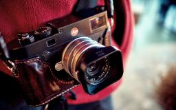 Leica M10..